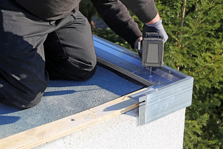 Converting a pitched roof into a flat roof: a complicated process